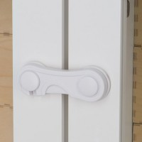 Блокиратор-замок HAPPY BABY CUPBOARD LOCK, 2шт